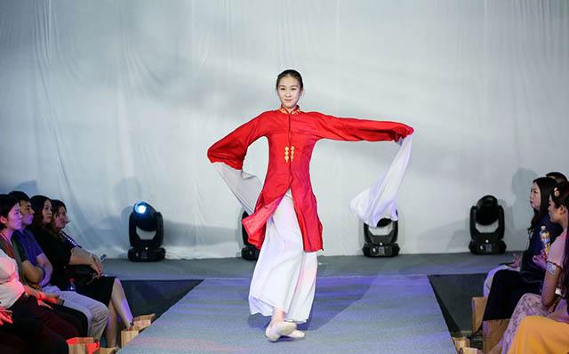 2中国国际生命时装展标签 640