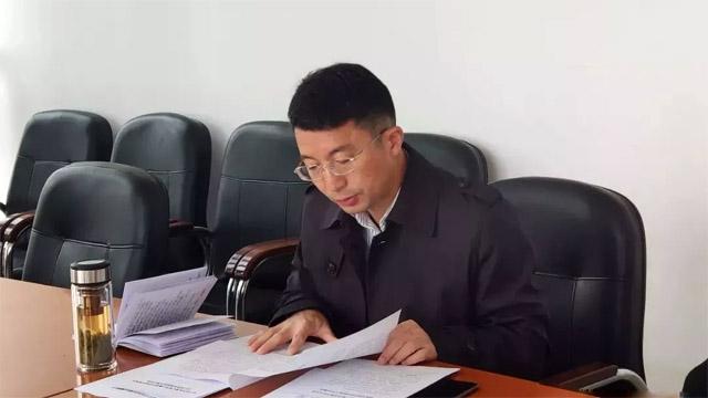 1副区长韦国调研民政工作