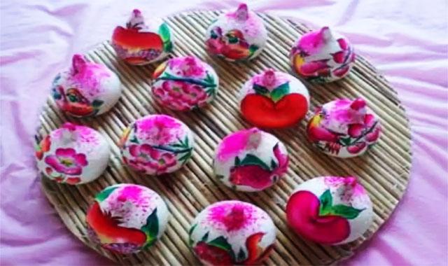 3用馒头做的漂亮许多的寿桃